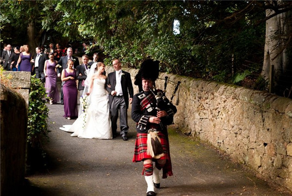 popular-bagpipe-tunes-for-weddings-2