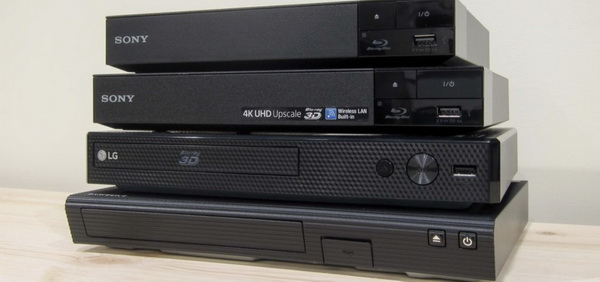 Can Blu-ray play all DVDS