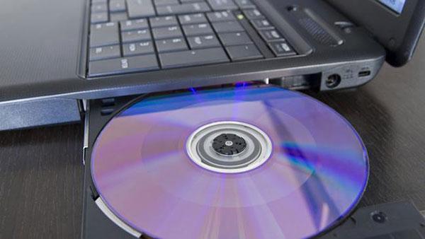 insert-dvd-disc-16