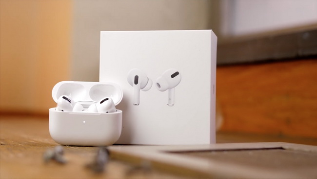 Apple-AirPods-Pro-3