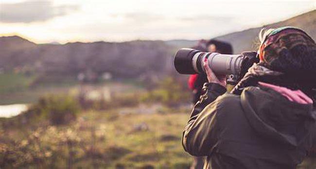 Telephoto-lens-1