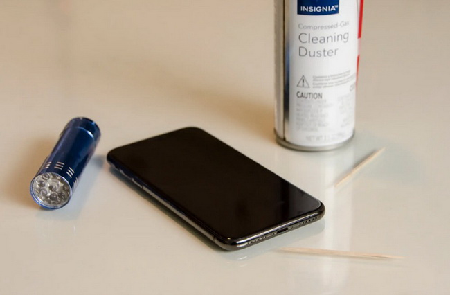 7-ways-to-fix-iphone-stuck-on-red-battery-screen-clean-3
